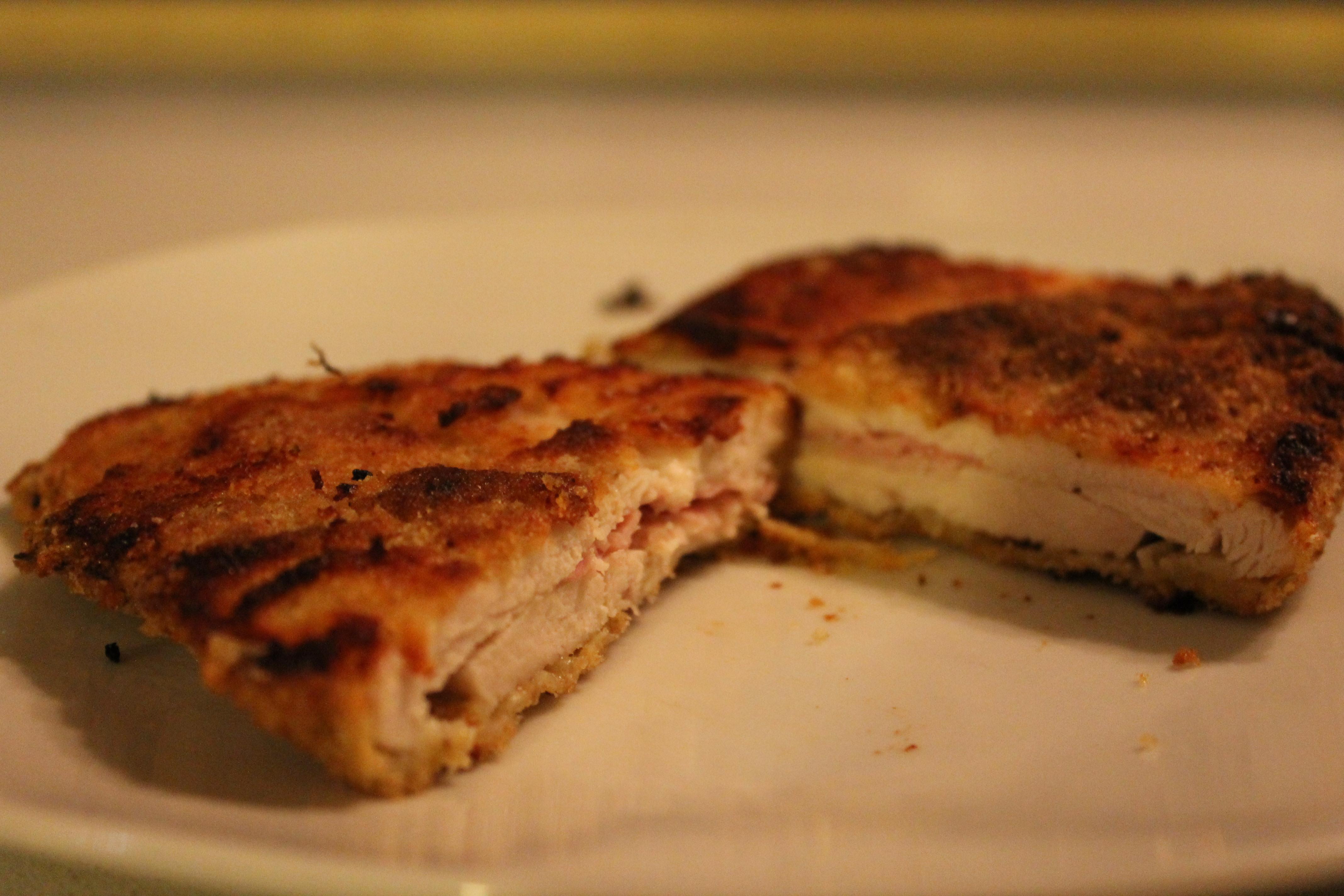 Petto di pollo ripieno al prosciutto e formaggio