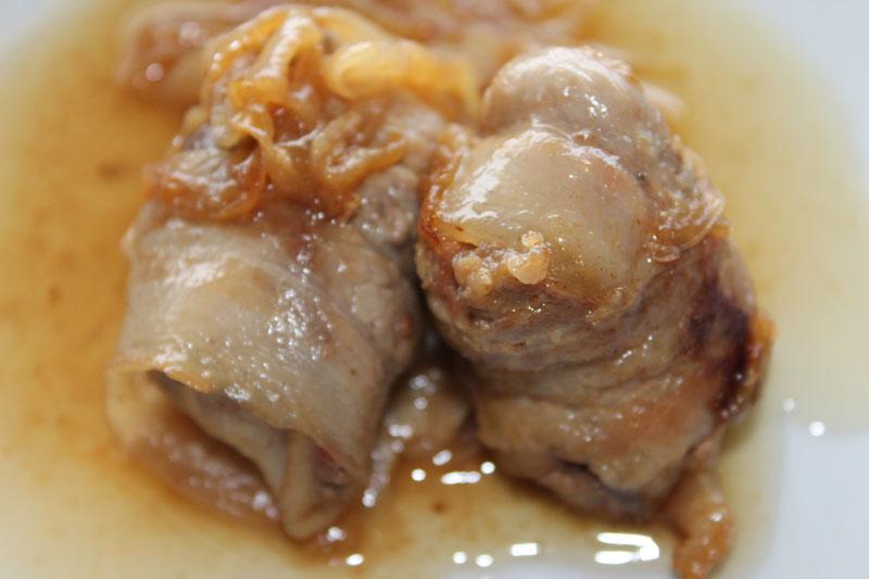 Gli involtini di carne alle cipolle