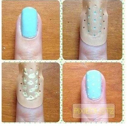 nail art a pois con cerotto