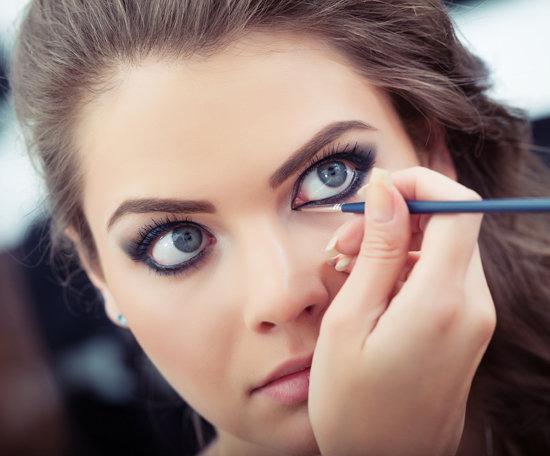 Come ingrandire l'occhio con il makeup